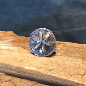 Jewelry - Sterling Silver Sand dollar Ring
